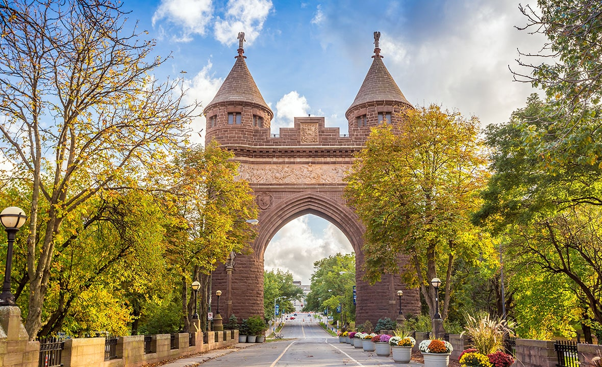 Connecticut Memorial Arch